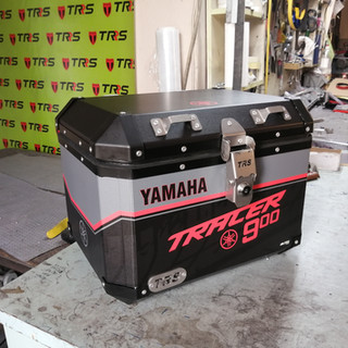 TRACER TOPCASE 2.jpg
