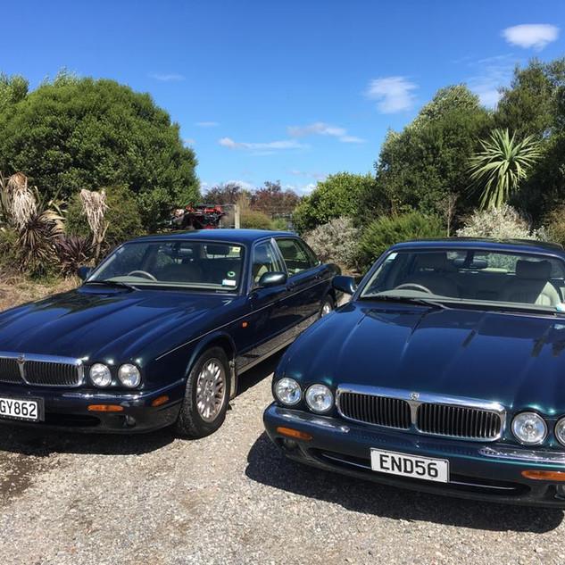Jaguar XJ8 Wedding Hire 7.jpg