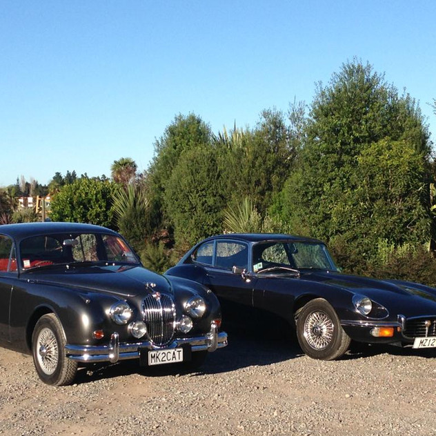 Jaguar Mark II and Jaguar E-Type 1.jpg