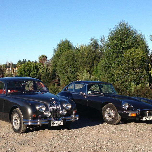 Jaguar Mark II and Jaguar E-Type 1.jpg