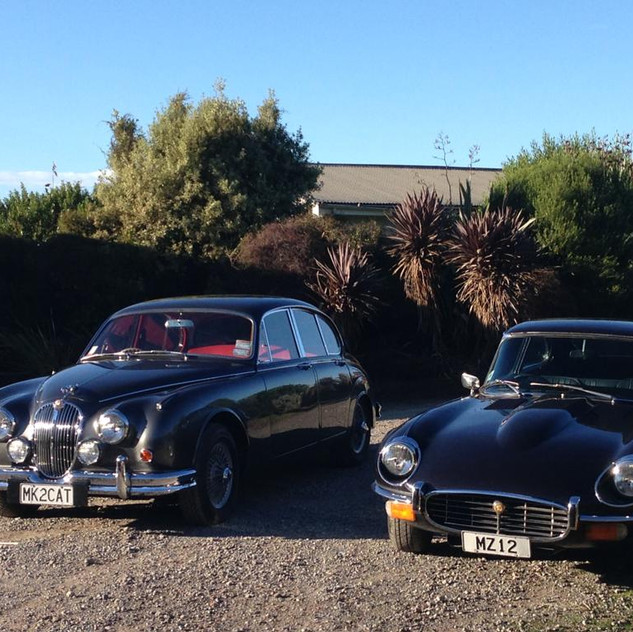 Jaguar Mark II and Jaguar E-Type 2.jpg