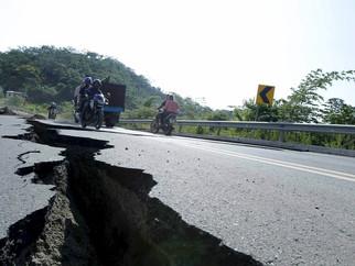 Novo terremoto atinge o Equador
