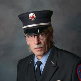 Lt. Saul, EMT