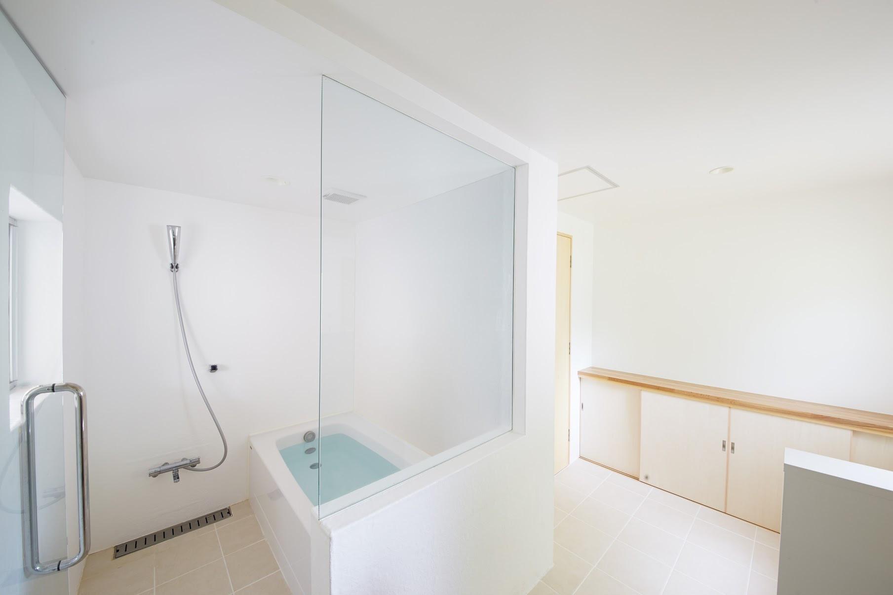 g.restroom-2.jpg