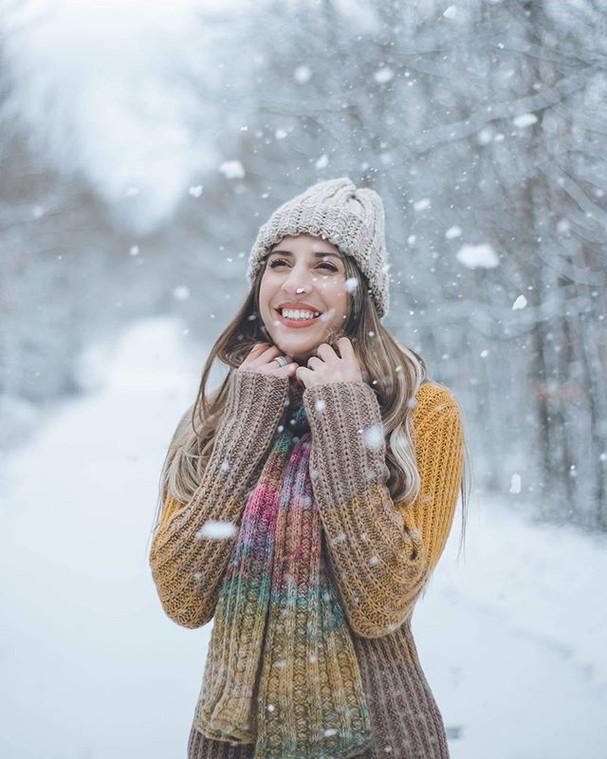 _ Let it snow _⠀_.⠀_.⠀_.⠀_#snow #photogr