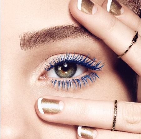 All that glistens is gold! Nail some art...