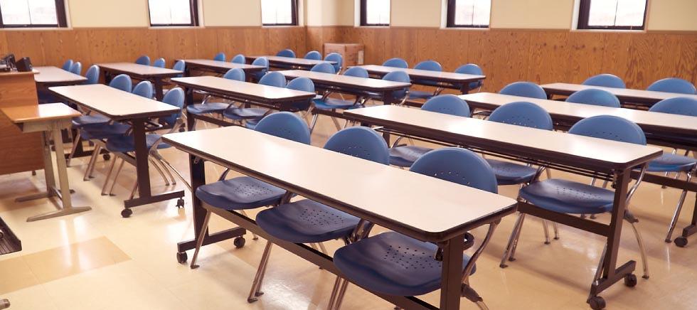 自動車学校 普通免許 大型免許 二輪免許 中型免許 準中型免許 牽引免許 大型特殊免許 KDS釧路自動車学校 第3学科教室