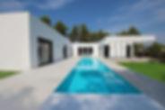 Aude Besson - Architecte d'intérieur- 49 - Vue sur la terrasse et la piscine