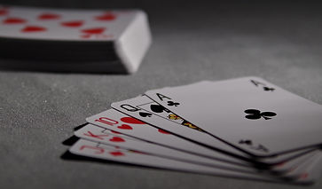 playing-cards-1201257_1920.jpg