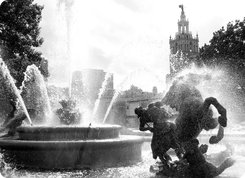 fountain_BW.jpg