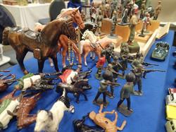 Children's miniature antique toys