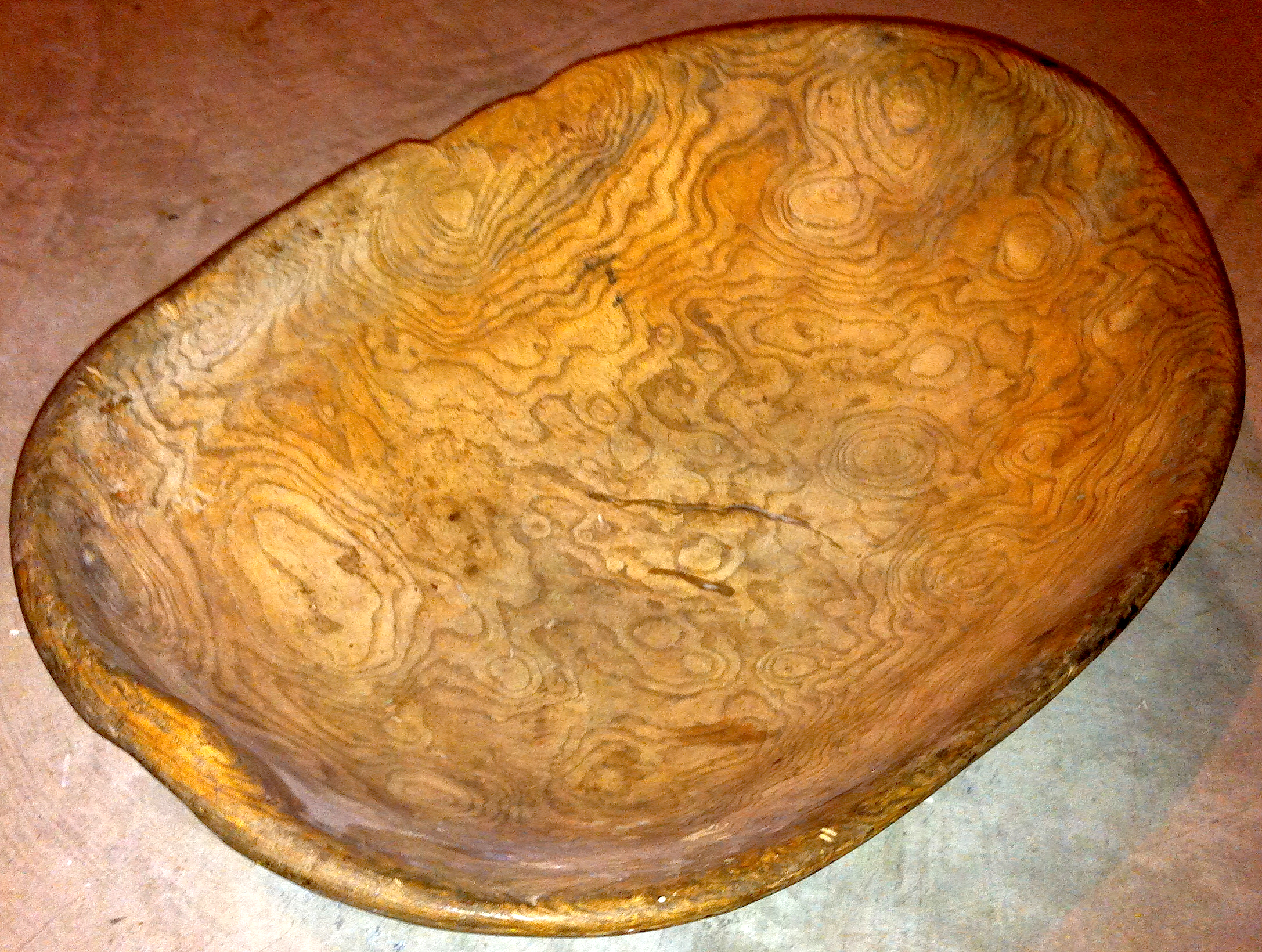 OVAL BURL BOWL