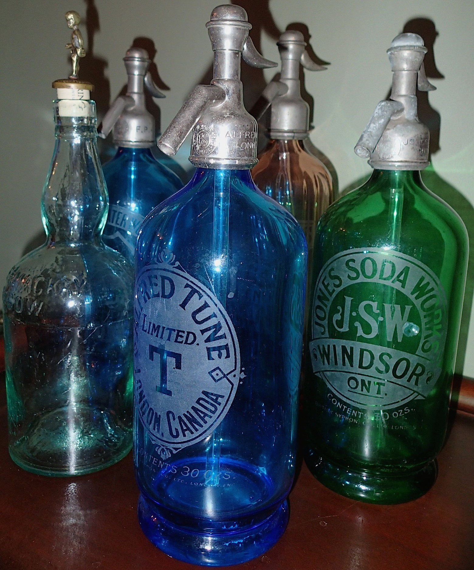 CANADIAN CARBONATED SYPHON BOTTLES