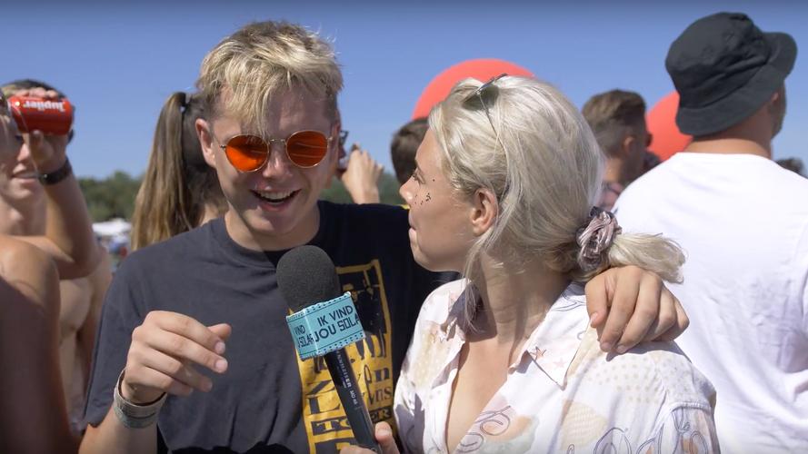 Solar Weekend (2018) Festival report Video's door Spraakmakend / Americo Salas  Productie: Mascha Lange Presentatie/interviews: Sean Demmers / Coby Notenbomer  In opdracht van: Extrema Network / Solar Weekend