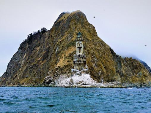 Вокруг Тонино-Анивского полуострова: дневник прибрежного плавания
