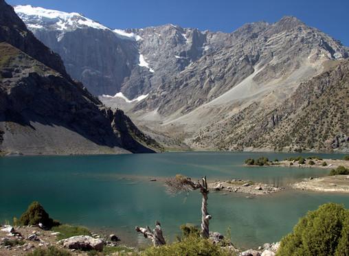 """Прекрасный Таджикистан. Из серии """"Путешествие"""""""