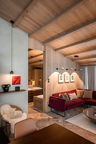 Arla_Luxury_Home_Lech.jpg