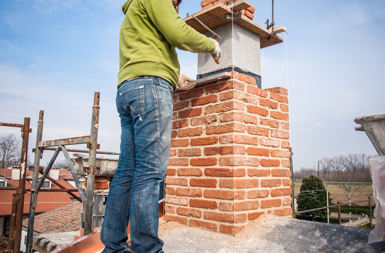 Masonry chimney rebuilding