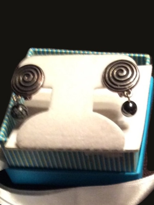 Clip Earrings Newgrange with drop Grey Stone