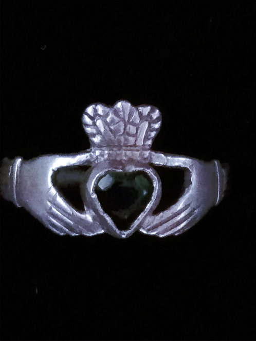 Claddagh Ring with a Green Heart and a Braided Band