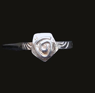 Spirit Of Ireland Newgrange Spiral Ring