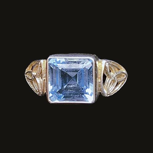 Silver Aquamarine Ring with Trinity Knots