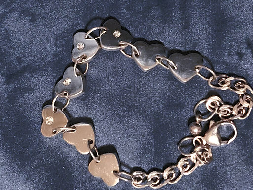 Newbridge Silverware Heart Bracelet