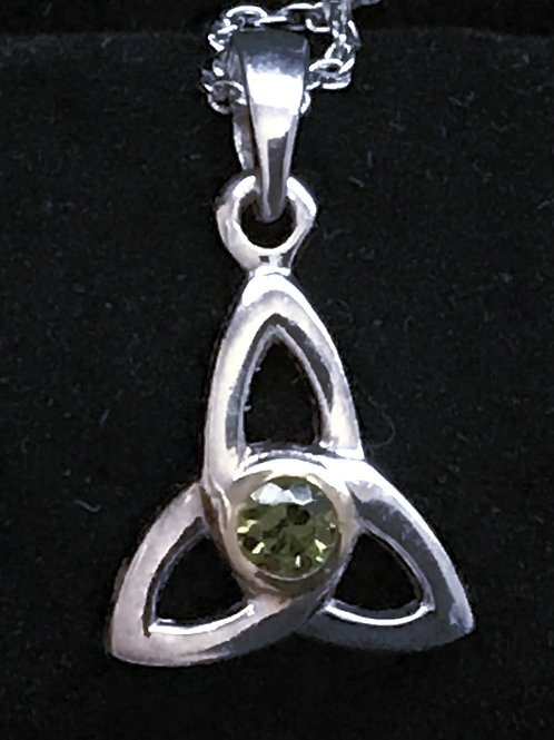 Trinity Knot with Green Cubic Zirconia