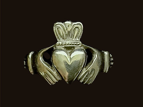 Classic 10K Gold Claddagh Ring