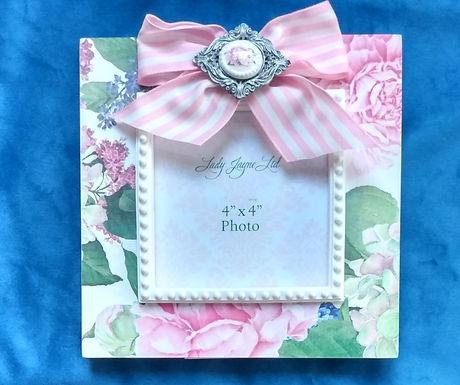 "Flower 4"" x 4"" inch Frame"