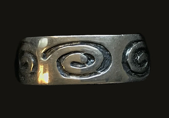 Newgrange Spiral Band