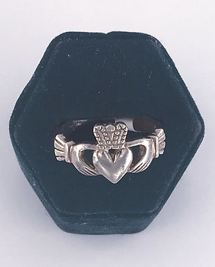 Large Men's Claddagh Ring
