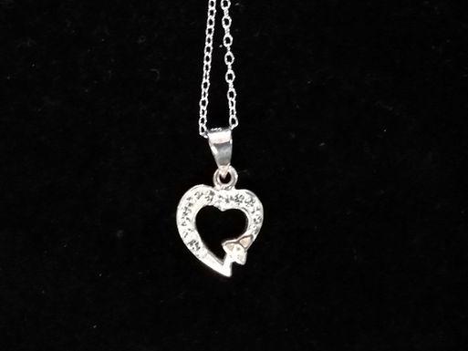 Chrystal Heart with a Trinity Knot