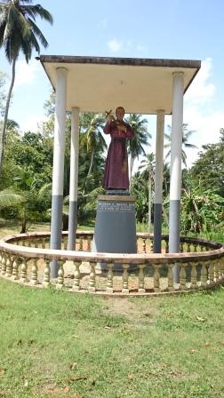 De La Salle Statue