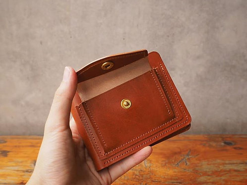 Short Wallet with coin pocket in Tan