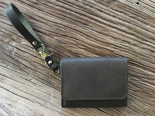 Card Wallet in Olive green