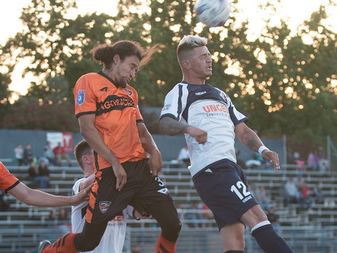 Gold, Aguiluchos Battle to Draw