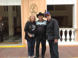 Cynthia, Eliades y Benicio