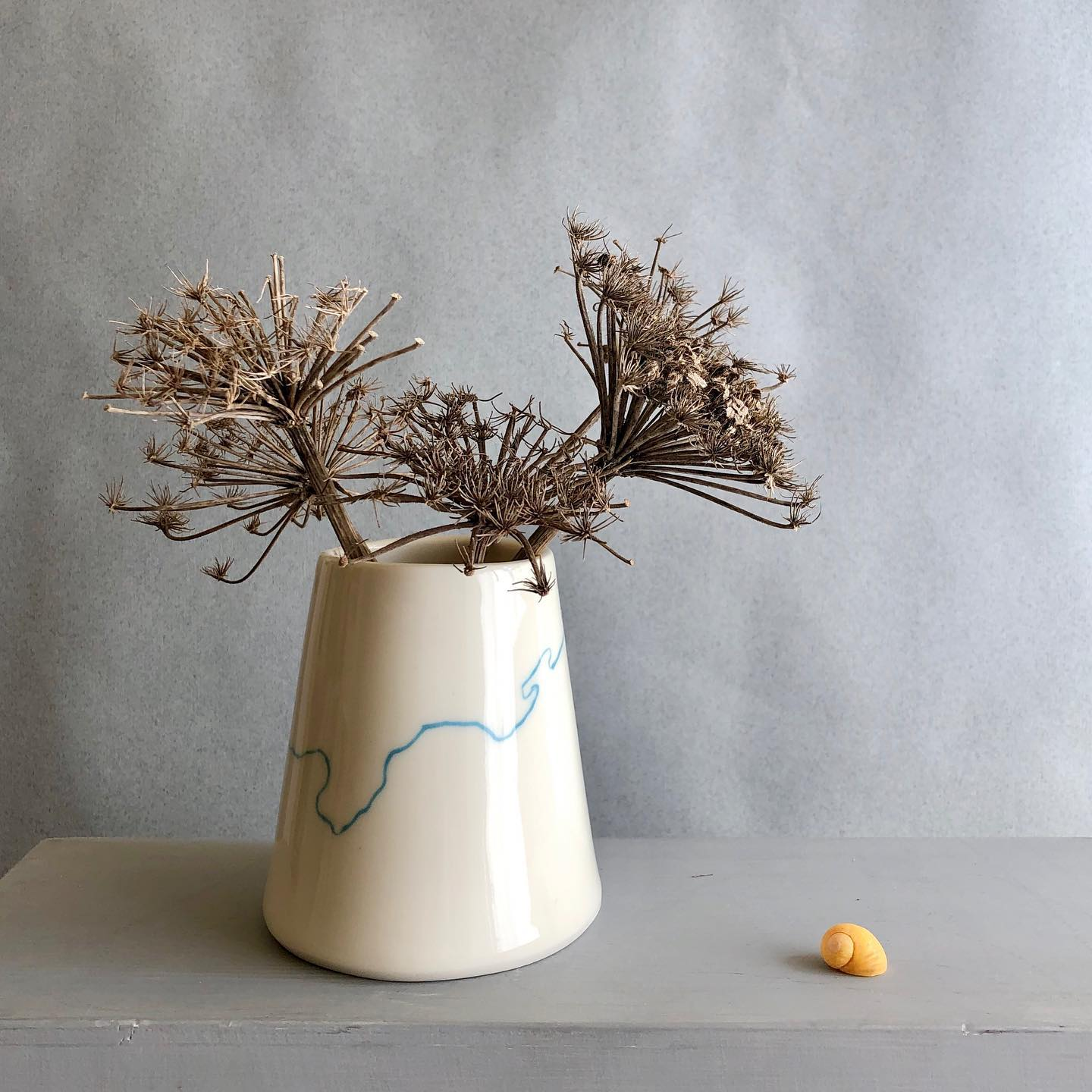 Bud vase and shell Rebecca Roberts Ceram