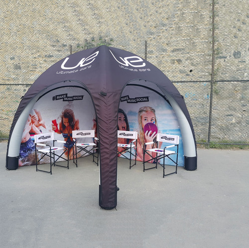 Dom Tente ve Sandalyeler