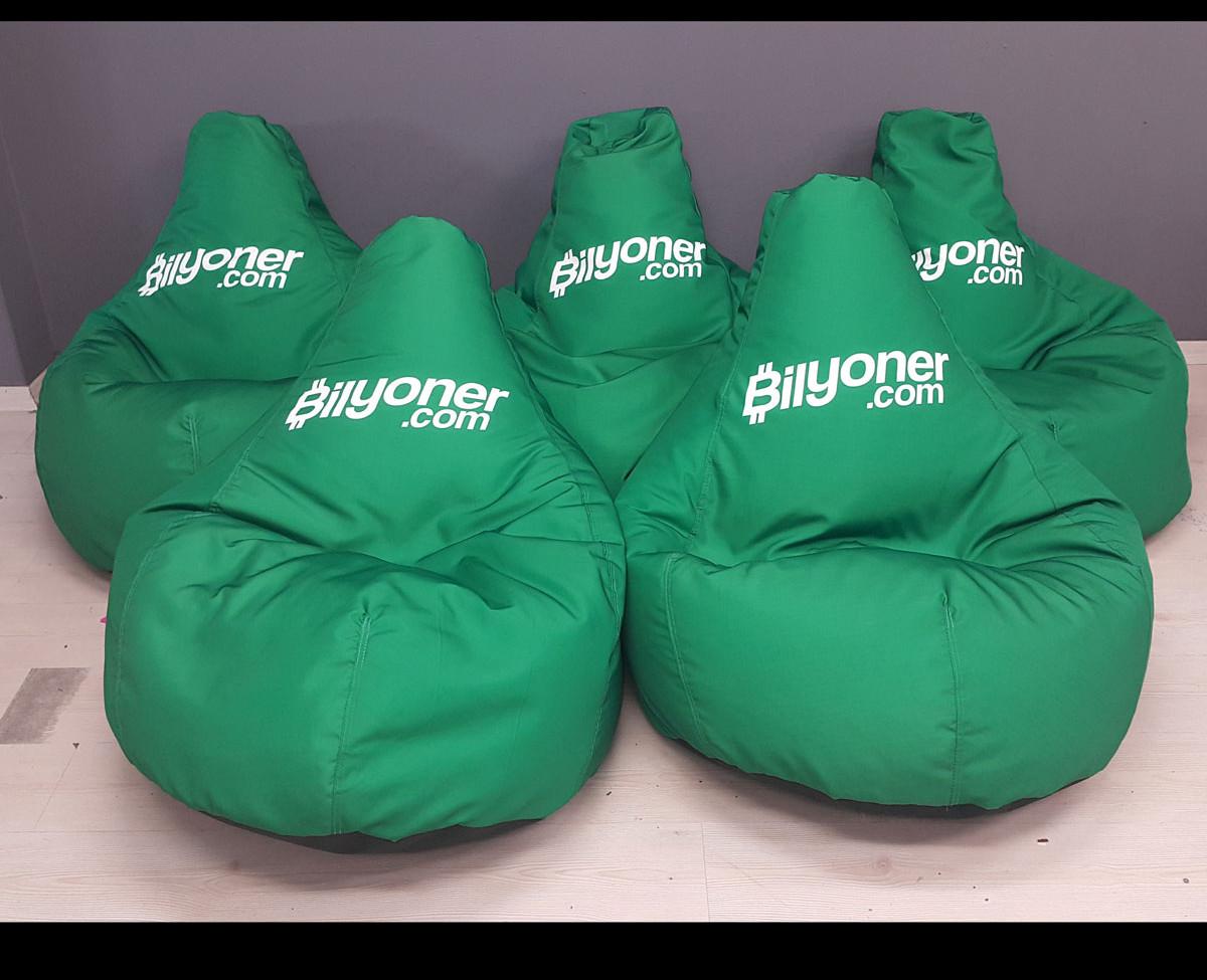 cushion20.jpg