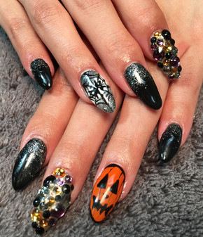 Seasonal Nails - Halloween