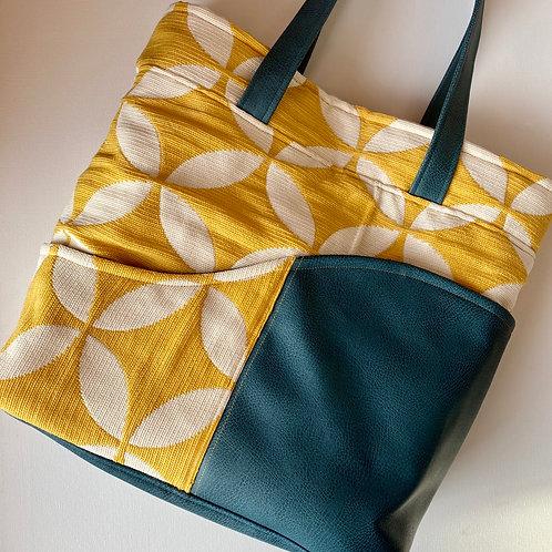 Pinwheel Swerve Bag