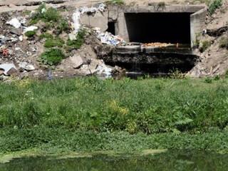Daño ambiental. Dictan medida cautelar por contaminación en el Suquía