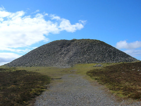 The Fifteenth Podcast: Visiting Queen Maeve's Cairn