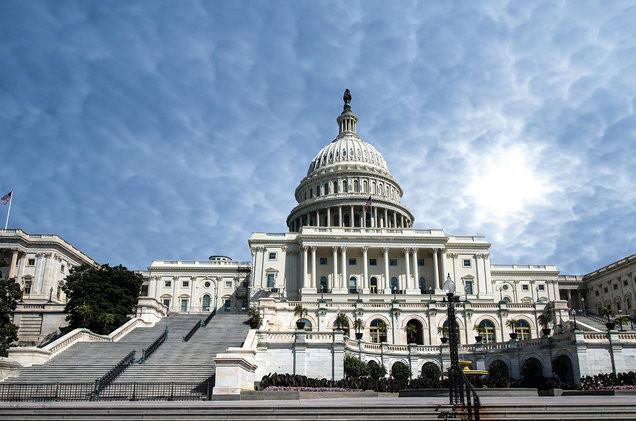 Legislators Re-Introduce Bill to Make Radio Stations Pay For Music