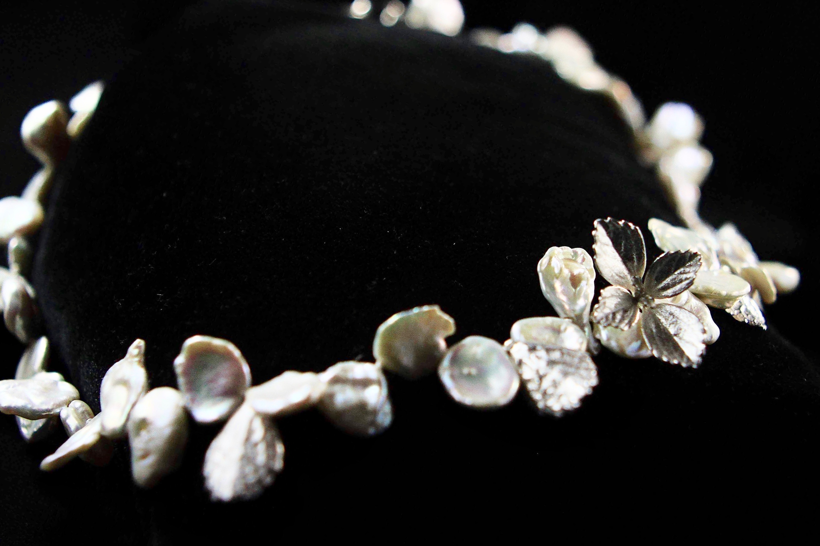 Petal pearls & succulent necklace