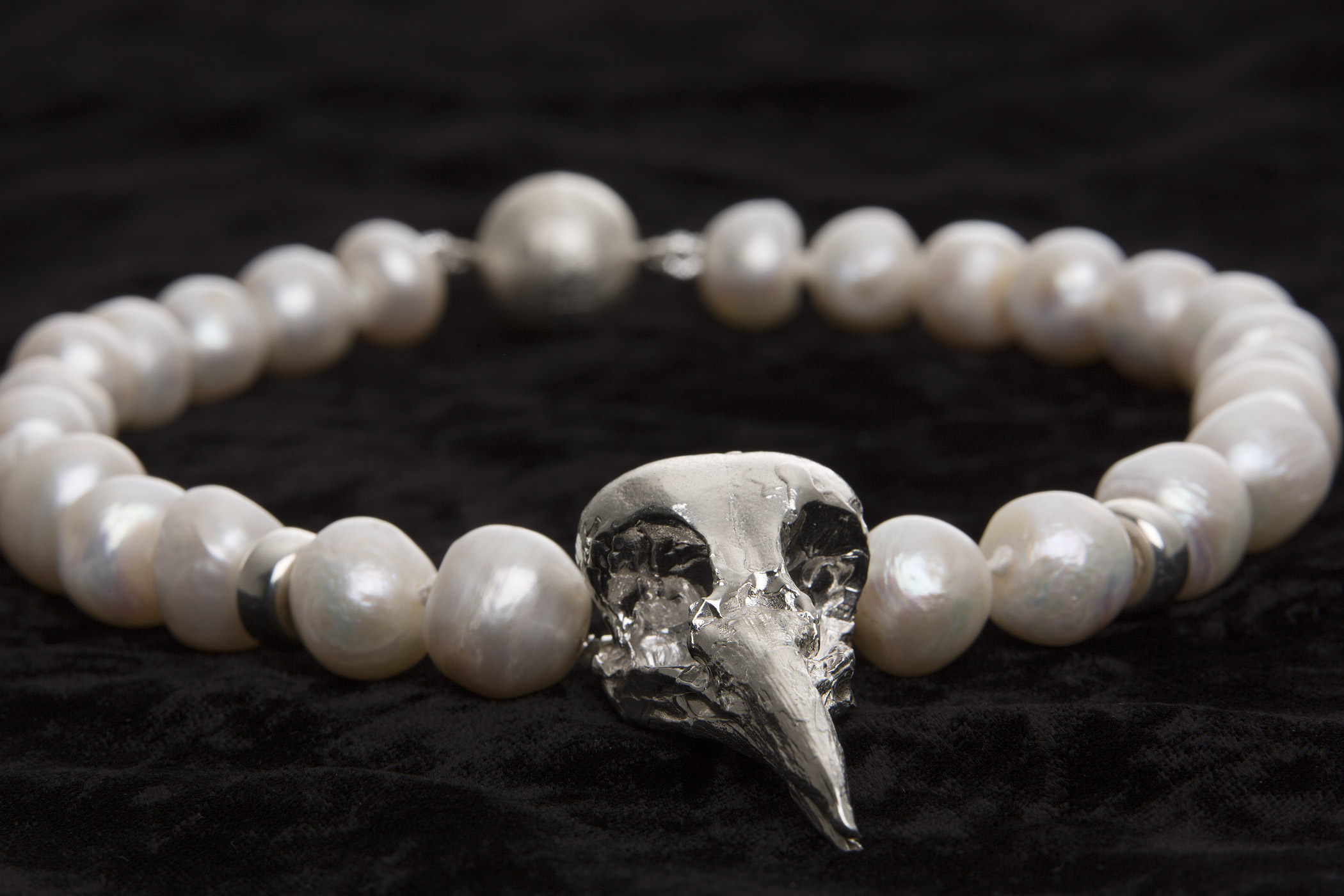 Magpie & Pearls