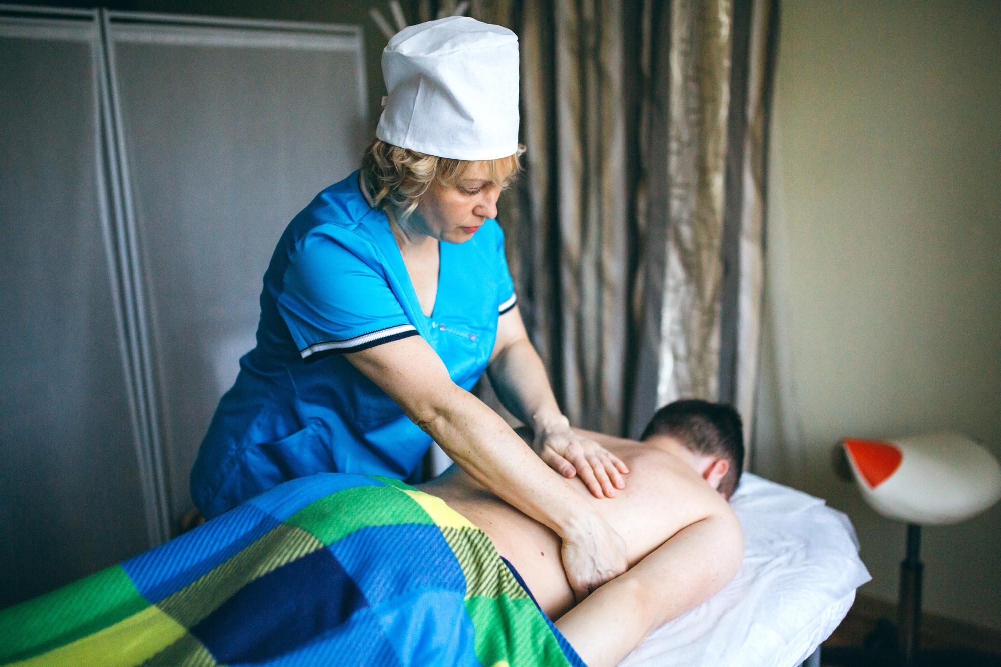 Общий массаж тела и лицо