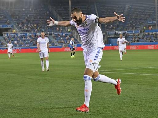 Ancelotti label kapten Real Madrid Karim Benzema pemain sempurna